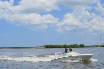 1-Hour Mouse Boat Rental in Daytona Beach