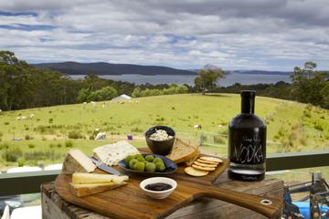 Private Channel and Huon Valley Food Trip - From Hobart