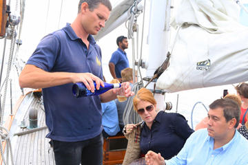 New York Sailboat Cruise with Wine...
