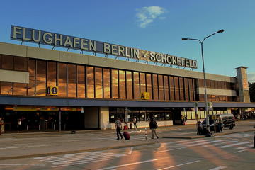 Private Berlin Transfer Airport to Hotel