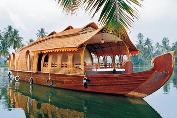 Private Overnight Houseboat Tour in Alleppey