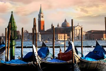 Private Venice Walking Tour and Gondola from Bologna by Train