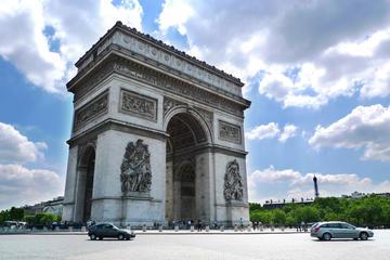 Paris Small-Group Tour: Seine River Cruise, Picnic, and Arc de Triumph