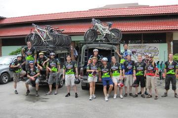 Descente en vélo pour débutant dans le parc national Doi Suthep au...