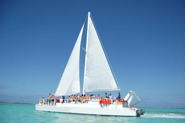 Snorkel and Lunch Sailing Cruise from Punta Cana