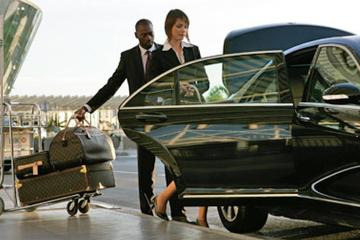 Low Cost Private Transfer From Nice-Côte d'Azur Airport to Antibes City - One Way