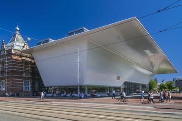 Entrada al Museo Stedelijk de Ámsterdam