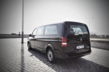 Shared Transfer with Comfortable Minivan from Prague Airport
