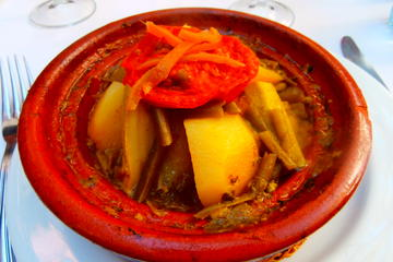 Cours privé de cuisine marocaine et massage dans un hammam du centre...