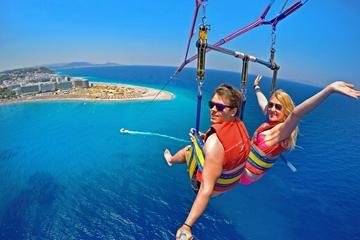 Aventure en parachute ascensionnel avec les requins et les raies au...