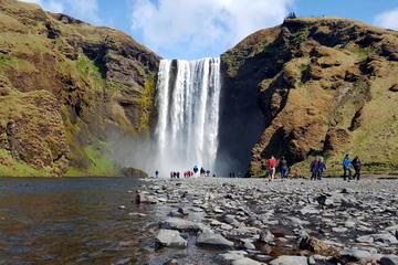 Islands södra kust – privat heldagstur från Reykjavik med jeep