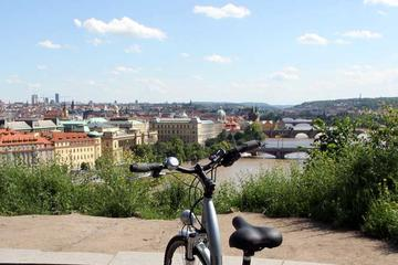 Big city E-bike tour in Prague