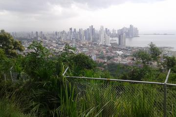 Mi Pueblito and Ancon Hill Tour in Panamá City
