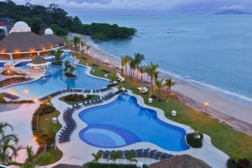Traslado particular de partida do hotel em Playa Bonita para o...