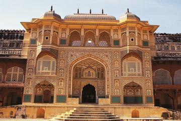 Private Full-Day Tour of Amber Fort and Royal Gaitor Including a Hike...