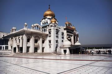Visit historical Gurudwaras of Delhi