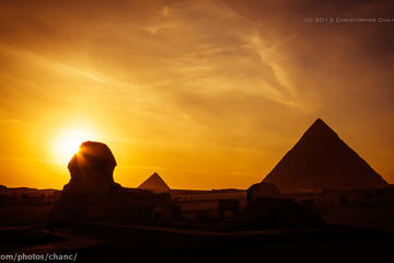 Private full day to Giza pyramids and Egyptian museum with sunset...