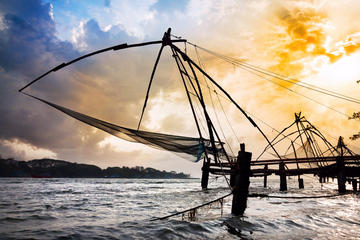 Kochi Full Day Private Tour with Sunset Cruise