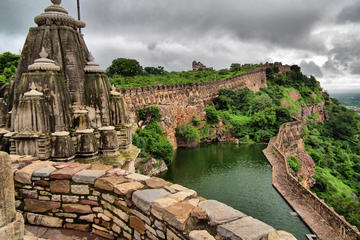 Udaipur To Jaipur Drop Enrote Day Trip To Chittorgarh Fort (Private)