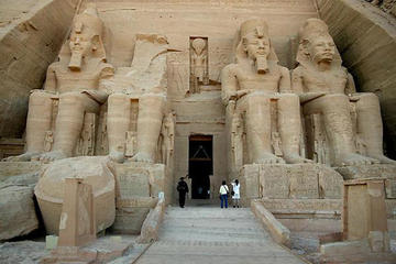 Private Day Tour to Abu Simbel From Luxor