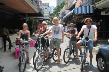 自転車で巡るタイ タパス体験:ディナー付き