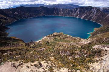 Escapada de un día de senderismo a la laguna Quilotoa desde Quito