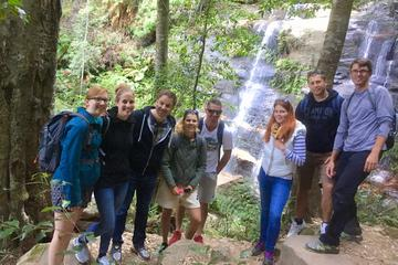 Blue Mountains Small-Group Adventure...