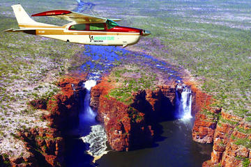 2-Day Mitchell Falls and Wandjina Coast Air and Ground Tour from...
