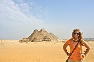 Las famosas pirámides y la Esfinge Con un Egipcio Almuerzo
