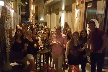 Recorrido por los pubs de Atenas