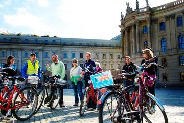 Berlin 3-Hour Bike Tour: City-Center Welcome