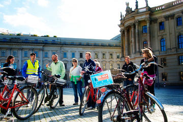 Private Berlin 3-Hour Bike Tour: Historic Center and Prenzlauer Berg