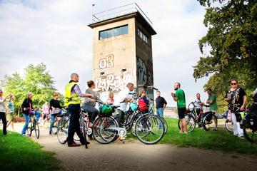 Visite en vélo privée de 3heures: Mur de Berlin et Troisième Reich