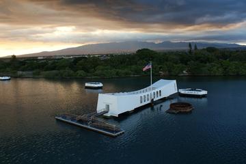 プライベートなUSSアリゾナ記念館ツアーとホノルル市内ツアーのセット