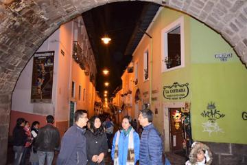 Quito Top Ecuadorian food tour and Canelazo at La Ronda Street