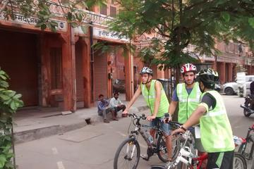 3-Hour Morning Bike Tour of Jaipur