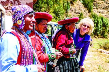 Recorrido de día completo sobre textiles: Comunidad de Ocutan y...