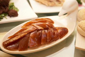 Kveldsutflukt i Beijing: akrobatisk forestilling og middagsbankett...