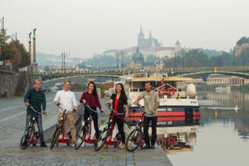 3 Hour City Sightseeing Tour via Bike with Wax Museum Grévin