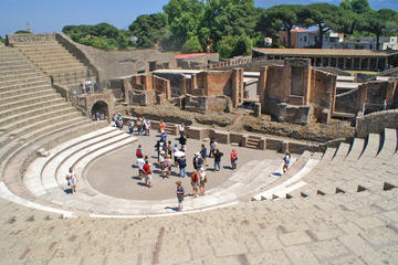 Skip-the-line Small-Group Pompeii...