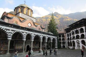 Visita al Monasterio Rila y cata de vinos