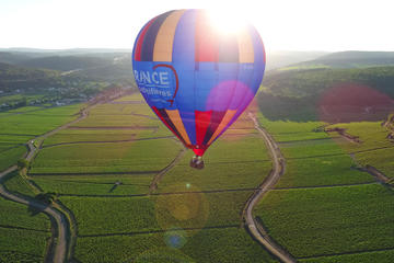Burgundy VIP balloon flight for 2 from beaune