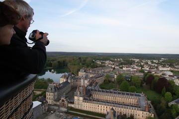 Passeio de balão de ar quente em Fontainbleau