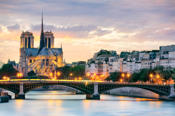 Crucero por el río Sena con La Marina de Paris, incluido un almuerzo...