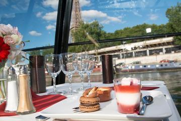 Elvecruise på Seinen med Marina de Paris med treretters måltid