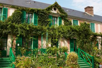 Giverny and Monet's Garden Small...