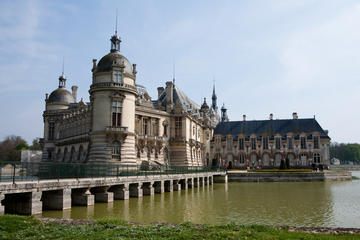 Inträdesbiljett till Château de Chantilly med transport tur och retur ...