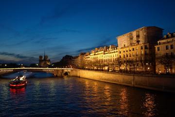 Middagscruise på Seinen med La Marina de Paris og Moulin Rouge-show
