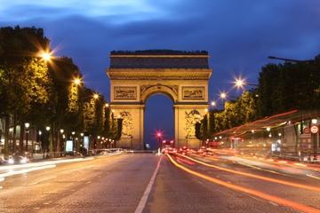 Paris-Abendtour in einem offenen Bus