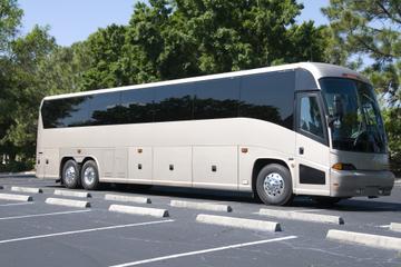 Vervoer per touringcar van Parijs naar Versailles en terug